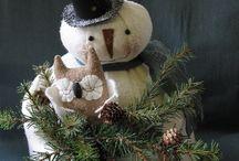 Snowmen / by Lynn Wanner