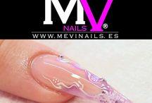 Mevinails / Todo para la uñas
