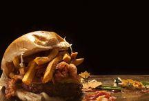 """La classifica dei migliori hamburger di Napoli e provincia / Nella Top 10 degli hamburger da non perdere secondo """"Agrodolce"""" tra Napoli e provincia ci piazziamo sul podio.  Leggete l'articolo, scoprite la posizione e venite ad assaggiarci."""