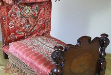 Antique and vintage beds