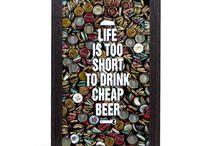 Quadro Porta Tampinhas / Use as tampinhas das garrafas de cerveja que você tomar para decorar a sua casa!