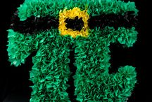 Piñata Instructions / How to make Piñata for parties with full pictured instructions and Piñata videos so you can make them too. / by Laurie Turk TipJunkie.com