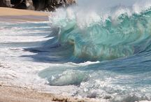 Waves / #Waves #Seaves #OceanWaves / by Louani Idar