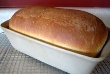 bread / rolls / biscuits