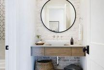 Έπιπλο πάνω μπάνιου