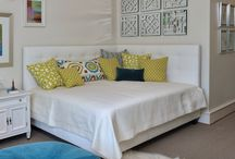 Hawaii guest room / by Kathrin Sandall