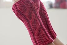 Quick Knits / by The Web-sters