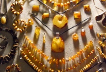 Amber Jewelry / Honey samples in yellow showing amber showily atmosphere. Pure clear, amber, crystal clear, relaxed and comfortable, let a person mind peace. Deep inside collect beeswax, embellish scaramouche. Amber like jade, jade, glittering and translucent as crystal, gently hold it in hand, smell and there was a faint, sweet smell of pine.