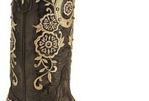 BOOTS!!! / by Heather Tullock