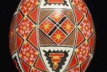 Pysanky / by Maria Ferelle