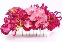 Modern Sophisticated Flowers / https://www.gabrielawakeham.com