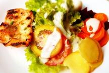 Healthy Dinners / by Dena Kelley