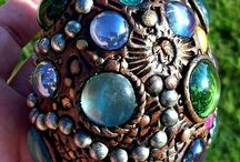 shells, stones, glass gems, vintage jewelry, and fun stuff / Project ideas! / by Joy Breese Holz