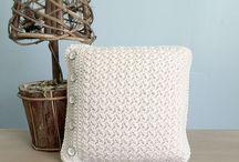 Crochet pillow tyynyt