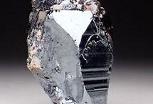 hematite Roca 7