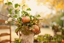 FALL ENTERTAINING & HOME DECOR / Entertaining for fall including decorative accessories, fall holiday  ideas, home decor, and recipes. / by Beatriz Ball Collection