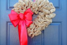Valentine's Day / Crafts, DIY projects, gift ideas, food, and party decor for Valentine's Day celebrations.