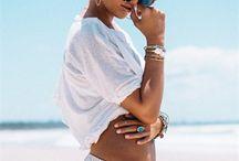 KOPFTÜCHER AM STRAND / Schöner Sonnenschutz: Kopftücher, Haarbänder und Turbane für den Strand!