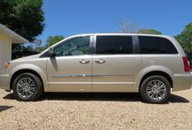 2014 Chrysler Town & Country - $29,000 / Make:  Chrysler Model:  Town & Country Year:  2014 Body Style:  Minivan Exterior Color: Beige Interior Color: Beige Doors: Two Door Vehicle Condition: Excellent   Phone:  941-232-8579   For MOre Info Visit; http://UnitedCarExchange.com/a1/2014-Chrysler-Town%20@%20Country-904600831492