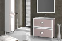 Flash / Mueble de baño con un diseño moderno y funcional. La particularidad de este diseño se centra en los tiradores. La combinación de colores le da un toque especial, creando un ambiente único.