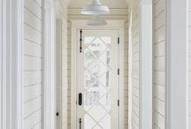 Entryways / by Jenna Jackson