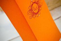 Zaproszenia ślubne z logo / Zaproszenia ślubne i dodatki z logo Pary Młodej to doskonały sposób na wyróżnienie swojego ślubu i wesela. Sprawiają, że nasza papeteria jest wyjątkowa i niepowtarzalna.