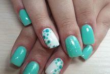 Viola-nail art