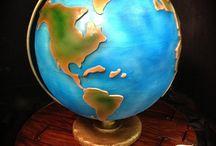 globe cakes!