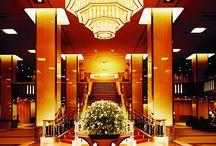 帝国ホテル( Imperial Hotel) / 日本を代表する高級ホテルのひとつであり、ホテルオークラ、ニューオータニとともに「(ホテル)御三家」と呼ばれることもある。