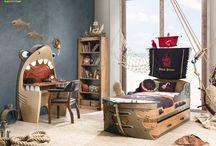 Pokojíček pro piráty z Karibiku / Dětský nábytek Tureckého výrobce Cilek představuje nápaditou kolekci pro všechny námořníky a piráty! Takový pokojík by snad mohl závidět i kapitán Jack Sparrow....