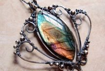 Wire creations / What you can make with wire - WOW!!! / by Donna Hess
