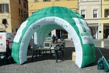 """Green Tour 2012 / Il CoReVe in tour per consegnare il Green Award alle città che hanno raggiunto i migliori risultati qualitativi nella raccolta differenziata del vetro e il Blue Award alle città che hanno implementato i sistemi di raccolta e sono """"sulla buona strada"""""""