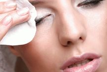 How To Get Rid Of Bags Under Your Eyes – Fast And Easy Ideas / Here is Fast and Easy Ideas To Get Rid Of Bags Under Your Eyes