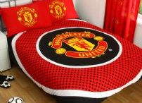 Manchester United Bedroom Décor & Products / All the latest Bedroom & Playroom décor for Man Untd Fans to make the perfect shrine!  #ManUntd #ManchesterUnited #Decor