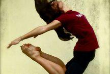 dance jump move / .