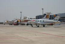 Aeropuerto de Melilla / El aeropuerto de Melilla está situado a tres kilómetros al suroeste de la ciudad autónoma, cuya privilegiada ubicación hace de ella la puerta de África, el continente hacia el que miran en la actualidad tanto el mundo de los negocios como el del turismo.  http://ow.ly/GwTeT