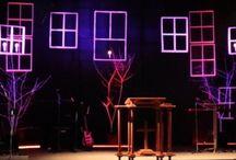 színpadon