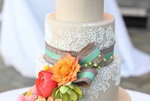 Tips for choosing your wedding Cake / Choosing a wedding cake can be a task...here are some things to help you