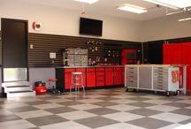 Home Sweet Home: Garage/Man-Cave