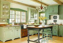 Gorgeous Kitchens / Cottage kitchens