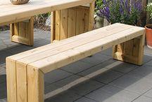 Tuin - tafel en bankje