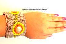 Accesorios DIY  / Pulseras ,diademas,aretes,anillos todo hecho a mano con chaquira ,alambre o listón .
