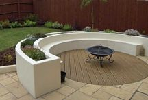 Curved raised planters