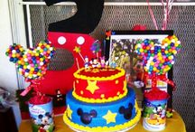Birthday Parties / by Wendy Burnett