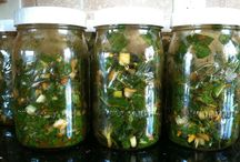 Pickles and Ferments / Lacto-fermented vegetables, deliciously probiotic!