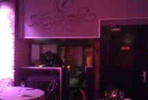 La Street Food Party au Loft du Louvre (Paris) / Chaque week end de 20 heures à minuit durant 3 mois au Loft du Louvre 66 rue Jean-Jacques Rousseau 75001 Paris. Le nouveau rendez-vous des streefoodistas. La Street Food se réinvente et se met à table dans un lieu prestigieux lors d'une soirée inédite où se mêlent dégustation, animations culinaires et clubbing. Animations avec DJ, live shows, ateliers culinaires avec guests et surprises.