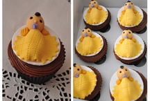 cupcakes / by Alexis Hendrix Jackson