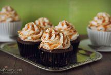 Desserts / by Liz Goines
