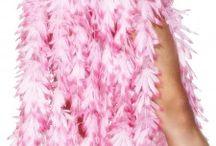 Toppers in concert 2015 / n de Amsterdam ArenA barst de zomer op zaterdag 23, vrijdag 29 en zaterdag 30 mei 2015 in volle hevigheid los tijdens de 'Crazy Summer Edition' van Toppers in Concert! De dresscode is white with a colorful touch of summer. Helemaal los gaan met gekleurde zomerse accessoires bij witte kleding zoals gekleurde pruiken, leuke kousen, bretels en sieraden. Bestel snel bij ons jou Toppers outfit!