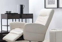 Narożniki i sofy / Meble do pokoju dziennego, meble salonowe w przykładowych aranżacjach #mebest